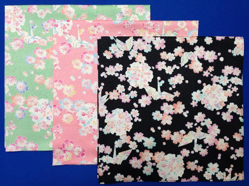 エメグリ・ピンク・黒の画像